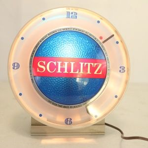 """Schlitz """"The Beer That Made Milwaukee Famous"""""""